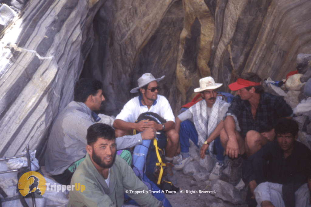 Heading K2 Top with Spanish Group